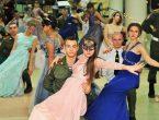 В университете прошел первый в Республике Новогодний бал-мюзикл «Золушка»