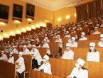 Глава Республики Денис Пушилин встретился со студентами-медиками
